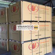 Cốp pha phủ phim VINAWOOD - Đóng gói sản phẩm